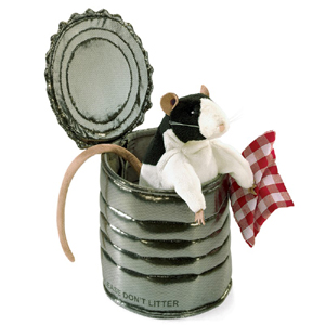 Folkmanis-rat in a can